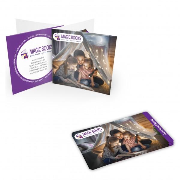 Karten Verpackung - Modell Present mit bedruckten Plastikkarten